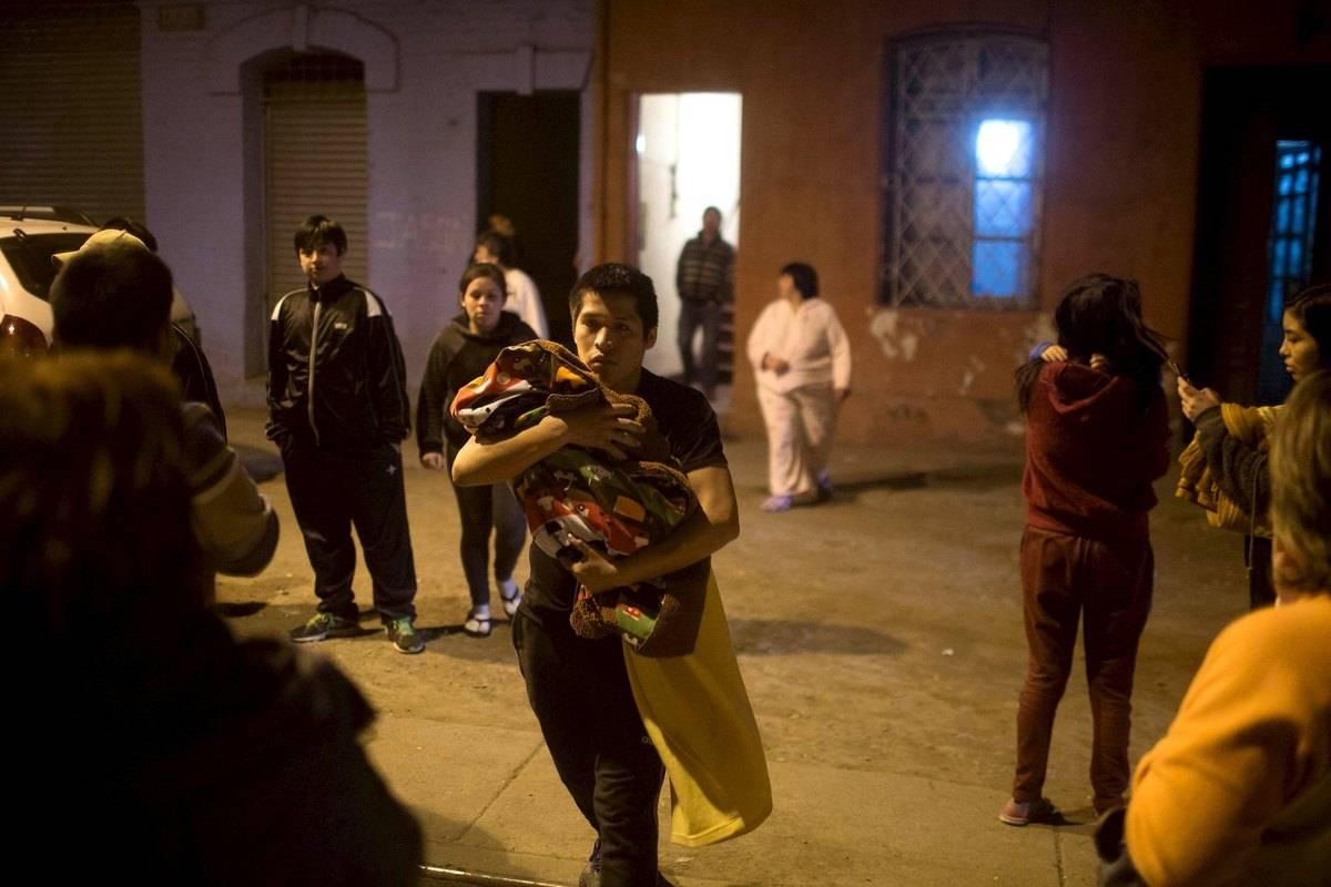 Chile suspende alerta de tsunami para país inteiro após terremoto que deixou pelo menos dez mortos