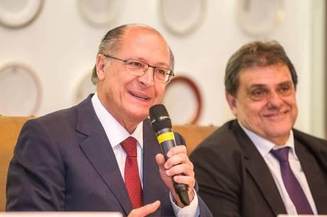 Segundo Geraldo Alckmin, o prazo de concessão é de 25 anos