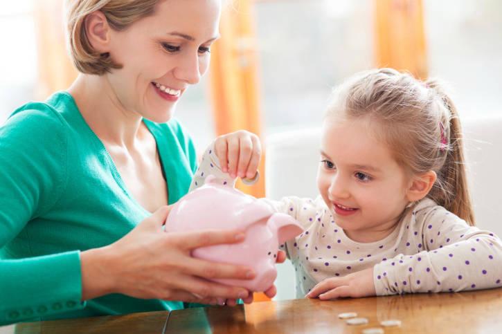Educação financeira para crianças evita adulto endividado