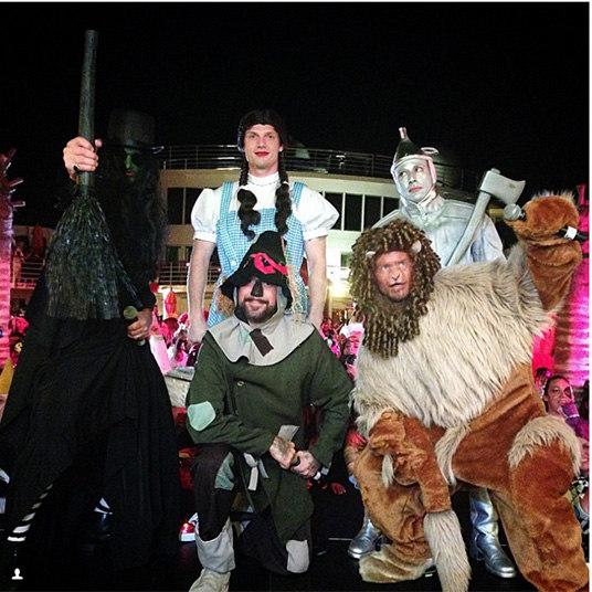 acba1929a Halloween das famosas! Veja as 30 fantasias mais criativas das celebridades  - Fotos - R7 R7 Meu Estilo