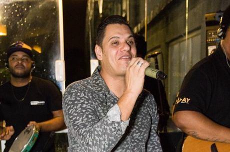Nego Branco: novo vocalista do Exalta tem 20 anos de carreira