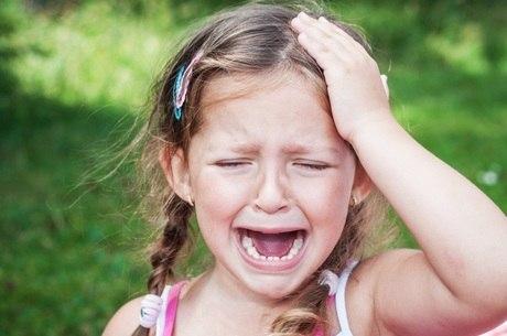 Crises de dor de cabeça podem ocorrer após os 5 anos