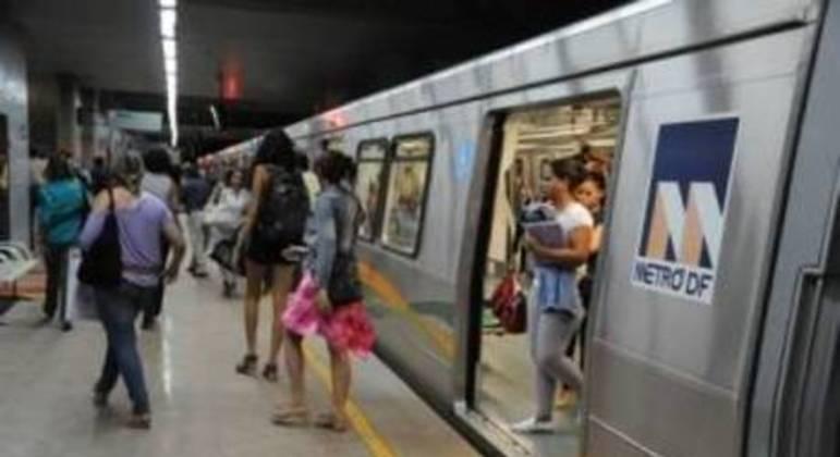 Trabalhadores do metrô também estão em greve