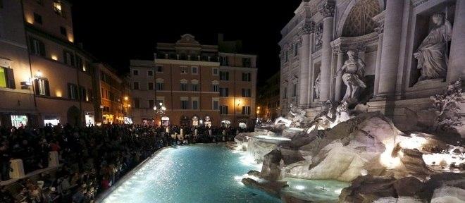Fontana di Trevi é reinaugurada após restauração em Roma