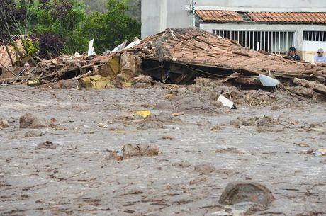 Distrito de Bento Rodrigues foi o mais atingido pelos rejeitos