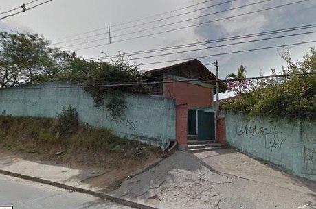 De acordo com a Polícia Militar, a motivação do crime seria a disputa pelo tráfico de drogas da região