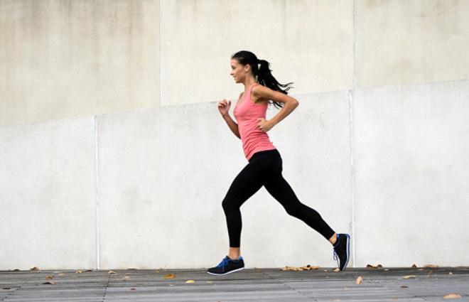 A combinação de uma alimentação balanceada, exercícios físicos diários e o controle da ingestão de gorduras saturadas e colesterol formam, para a nutricionista, a postura perfeita de um diabético