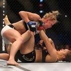 UFC 193 - Holly Holm vence Ronda Rouse