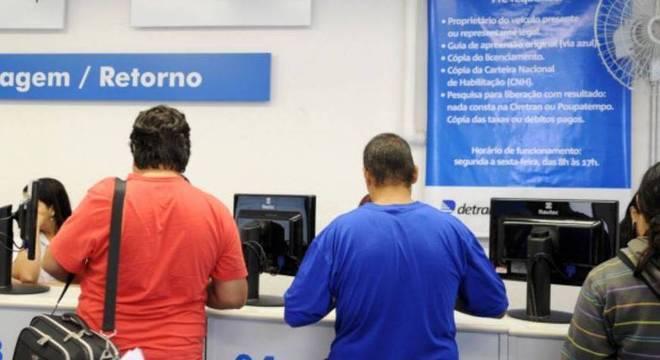 Em dezembro, serviços de transferência e licenciamento de veículos, também serão retomados