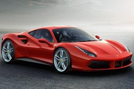 Falha em mangueira faz Ferrari chamar 488 GTB