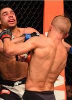 UFC Chicago - TJ Dillashaw vence Renan Barão