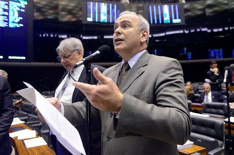 Julio Delgado (PSB-MG) anunciou candidatura nesta segunda
