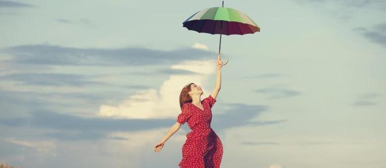 Estudo revela que viajar deixa as pessoas mais confiantes e corajosas, até para trocar de namorado (a)