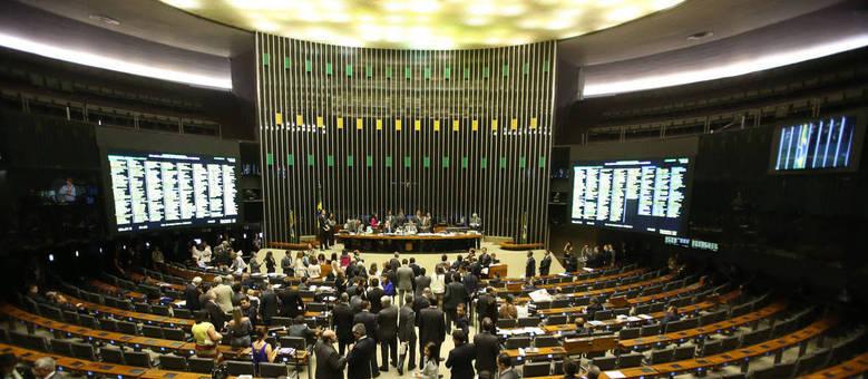 Deputados e senadores têm o desafio de aparar arestas políticas para votar temas difíceis, como volta da CPMF