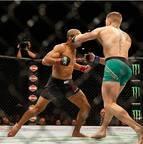 UFC 194 - Conor McGregor vence José Aldo