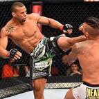 UFC Miami - Thiago Marreta vence Steve Bosse
