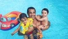 """Luciano Szafir curte piscina com os filhos: """"Nada melhor no mundo"""""""