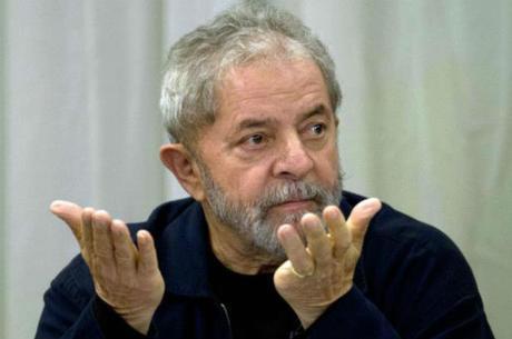 Lula foi indiciado por corrupção passiva, lavagem de dinheiro e falsidade ideológica