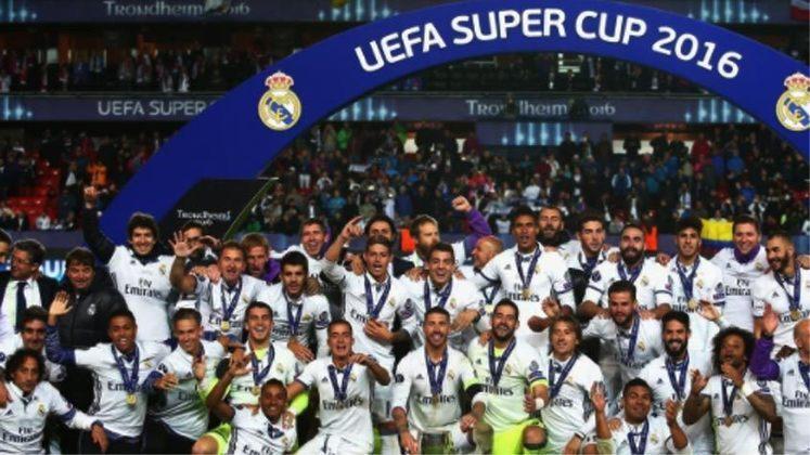 2016 - Em um jogo marcado pelo equilíbrio o Real Madrid derrotou o Sevilla por 3 a 2.