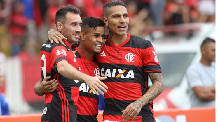 2016 - O Flamengo estava na briga pelo título neste estágio da competição: era vice-líder, com 54 pontos, três a menos que o Palmeiras. No entanto, a equipe terminou o torneio apenas em terceiro, com 71.