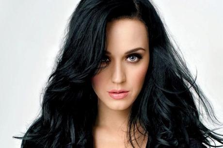 Katy Perry quebra recorde e conquista 90 milhões de