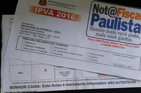 Foto mostra o verdadeiro aviso de vencimento enviado pelo governo de São Paulo para mais de 17 milhões de contribuintes