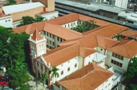 PUC-SP mantém vestibular para Ciências Sociais após ocupação
