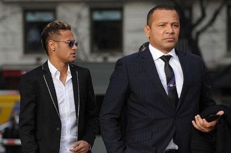 Santos entrou com recurso contra Neymar e o pai do atleta
