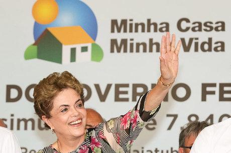 Dilma cobrou esforço da população para combater o Aedes aegypt