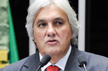 Marzagão temia ser alvo de uma armadilha tramada pelo governo a fim de desmoralizar o senador Delcídio do Amaral (foto)