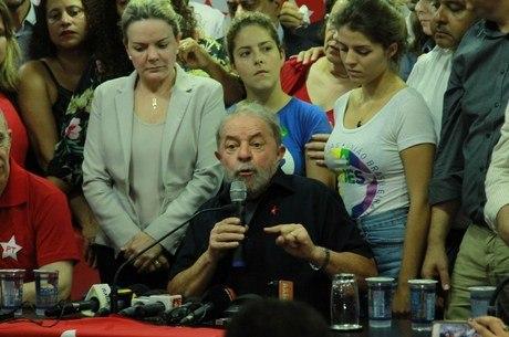Operação que completa dois anos chegou até Lula e o Planalto