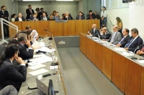 Secretário participou de reunião na Assembleia Legislativa