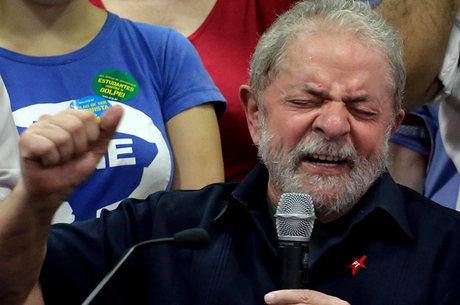 Ex-presidente Luiz Inácio Lula da Silva está de volta ao Executivo
