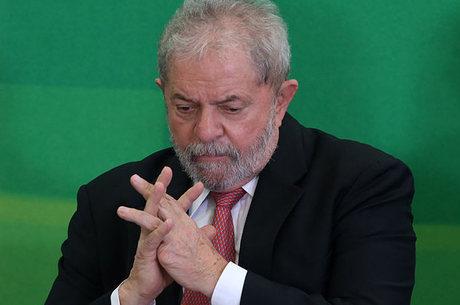 Parecer de Teori não permite que Lula assuma a Casa Civil