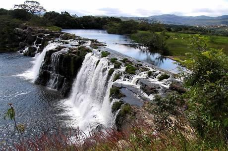 Belezas naturais atraem turistas para a região