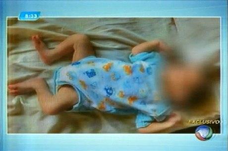 Fotos do bebê foram publicadas no site de compra e vendas