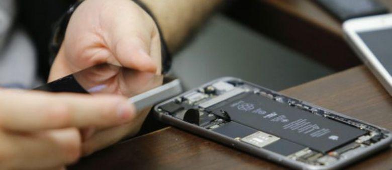 Há várias teorias sobre como a Apple conseguiu desbloquear iPhone
