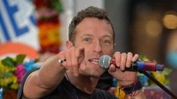 Vocalista do Coldplay, Chris Martin pede proteção contra fã que o persegue (Getty Images)