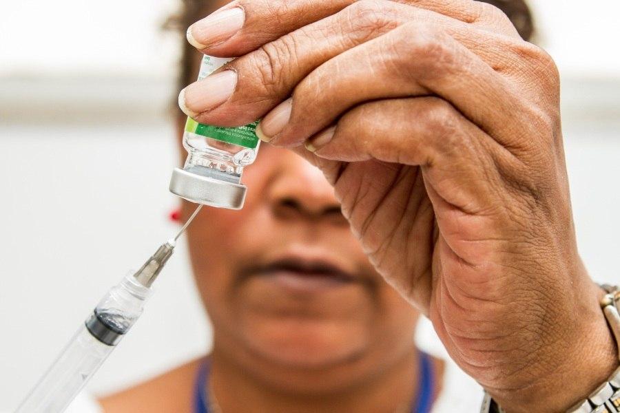 Campanha de vacinação contra a gripe começa dia 23, segunda-feira