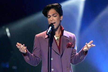 Cantor Prince foi encontrado morto em casa, nos Estados Unidos