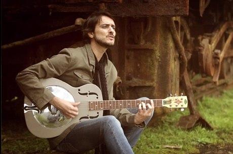 Tuia: músico se apresenta em São Paulo com Tavito