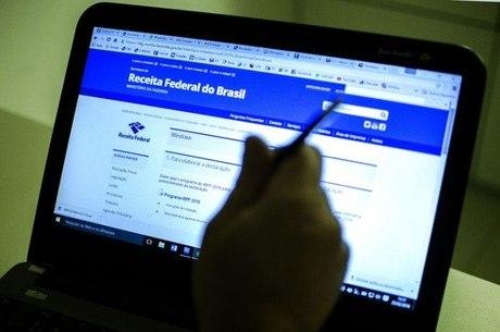 Para saber se teve a declaração liberada, o contribuinte deverá acessar o site da Receita ou ligar para o Receitafone