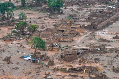 Rompimento de barragem deixou 19 mortos