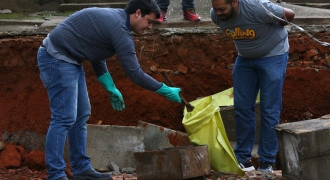 Covas sanciona lei que permite concessão dos 22 cemitérios de SP