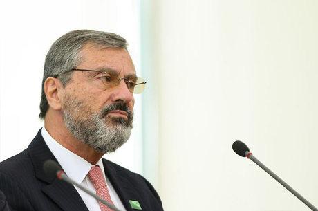 Torquato Jardim é o novo Ministro da Justiça