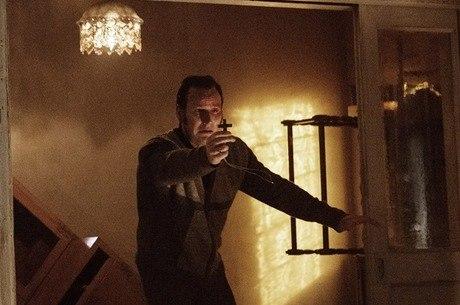 Patrick Wilson em cena de Invocação do Mal 2