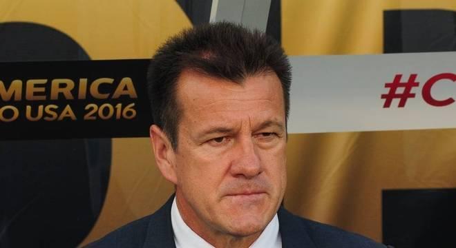 Dunga perdeu seu emprego na Copa América de 2016