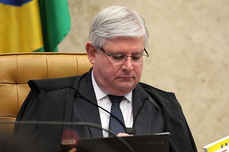 """Janot afirma que """"as 10 medidas contra a corrupção não existem mais"""""""