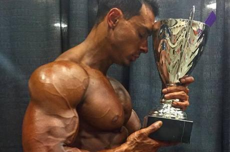 Felipe Franco vence campeonato de bodybuilding