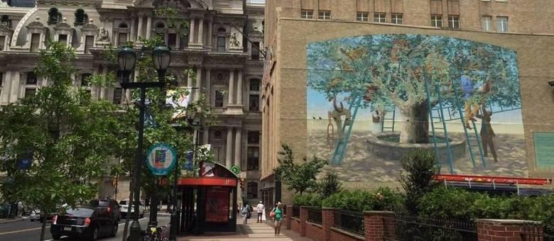 Mais de 3.600 murais formam as paredes de Philly, cercadas de arte, em programa que incentiva criatividade
